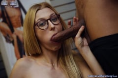 Alexa Grace - Interracial Blowbang (Thumb 13)