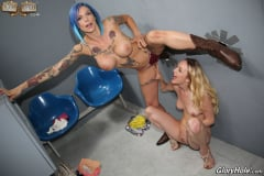 Anna Bell Peaks and Iris Rose - Glory Hole (Thumb 26)