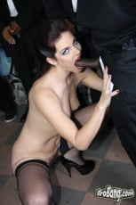 Bobbi Starr - Interracial Blowbang (Thumb 11)