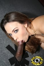 Chanel Preston - Glory Hole (Thumb 10)