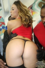 Chanel Preston - Interracial Blowbang (Thumb 07)