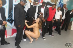 Chanel Preston - Interracial Blowbang (Thumb 21)