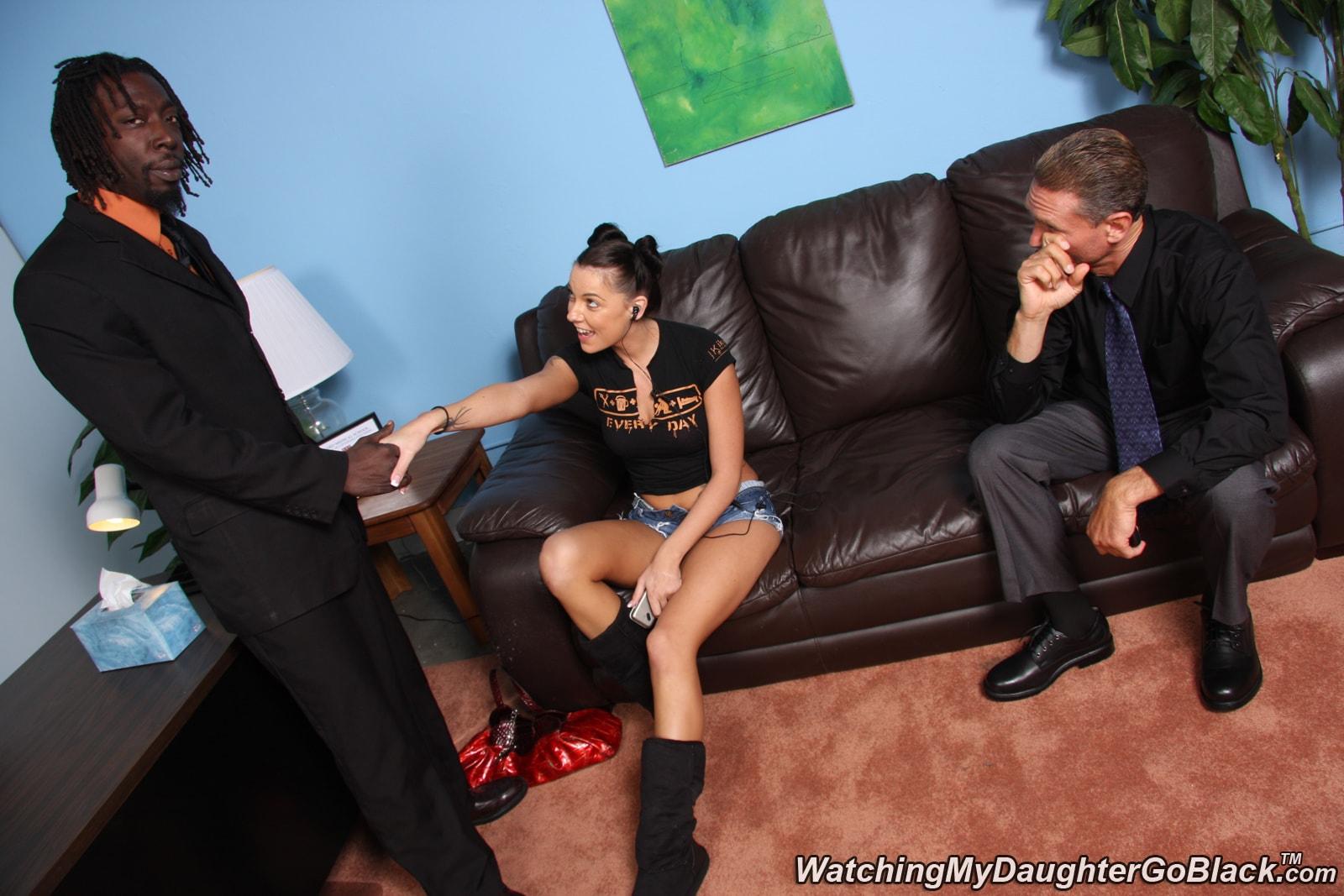 Трахают жену в присутствии мужа смотреть онлайн 5 фотография