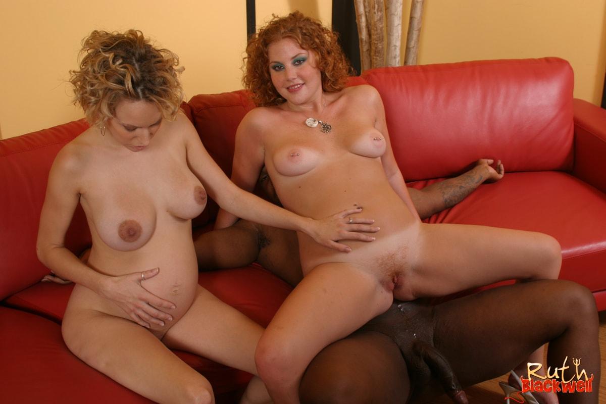 Порно ролики анальный секс с беременной женой туб