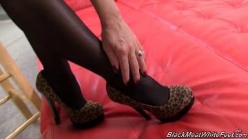 Janet Mason - Black Meat White Feet