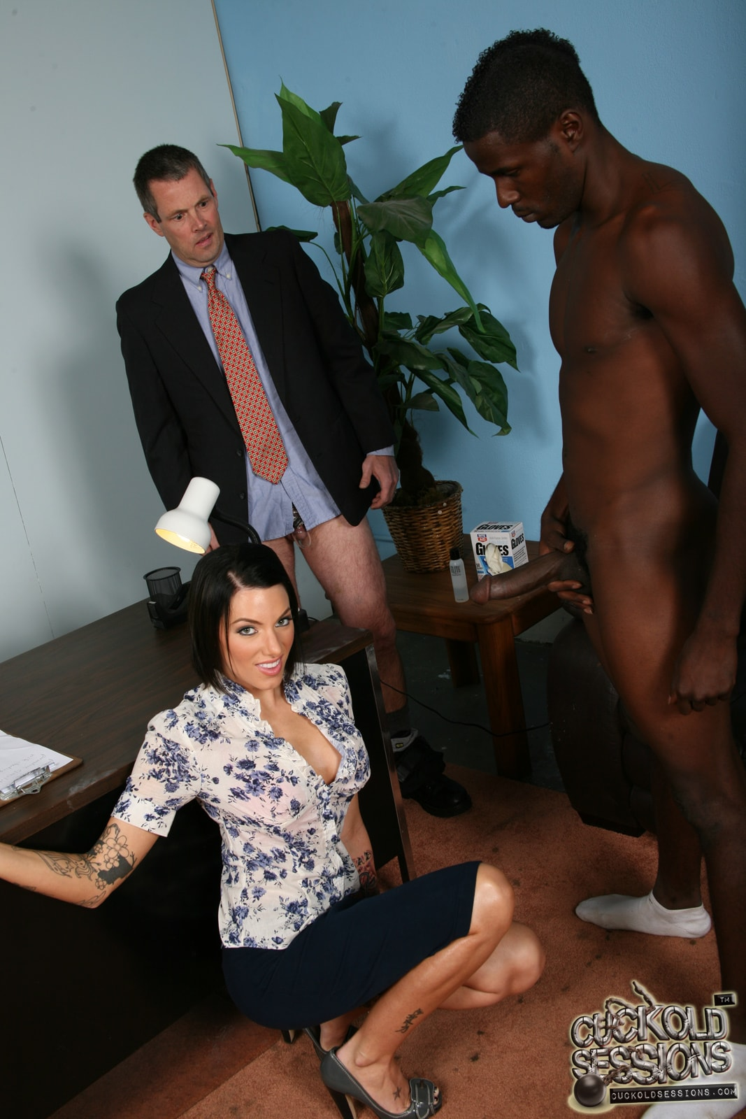 Dogfart 'Juelz Ventura - Cuckold Sessions' starring Juelz Ventura (photo 12)