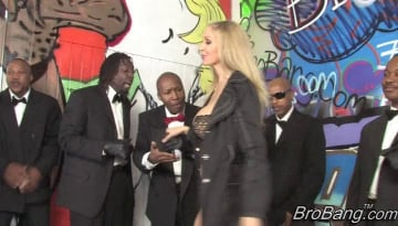 Julia Ann - Interracial Blowbang