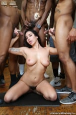 Karlee Grey - Interracial Blowbang (Thumb 25)