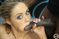 Katie Kox - Interracial Blowbang (Thumb 20)