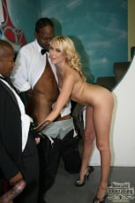 Katie Summers - Interracial Blowbang (Thumb 12)