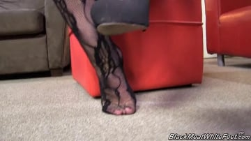 Mandy Lou - Black Meat White Feet