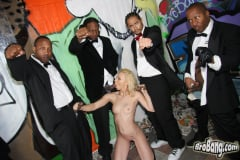 Melanie Jayne - Interracial Blowbang (Thumb 19)