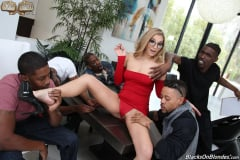 Moka Mora - Blacks On Blondes (Thumb 04)