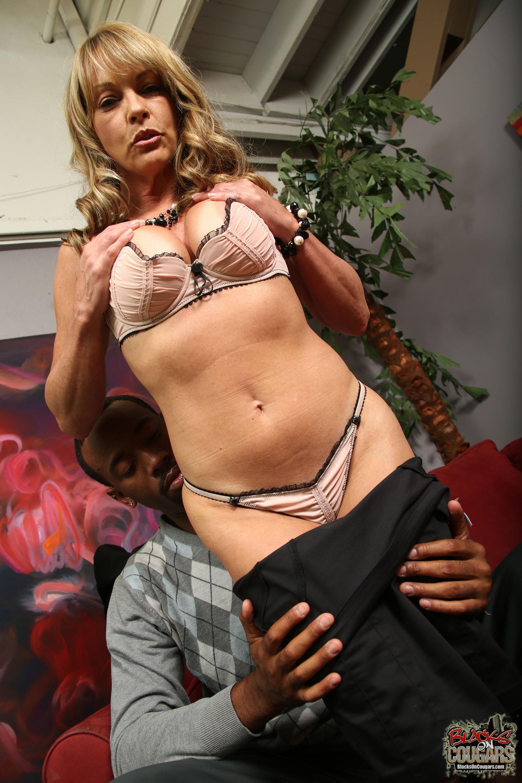 Shayla laveaux black