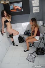 Stella Cox and Jade Jantzen - Glory Hole (Thumb 15)