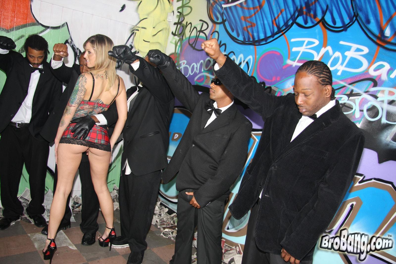 Секс банда негров 6 фотография