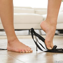 Aidra Fox in 'Dogfart' - Black Meat White Feet (Thumbnail 3)
