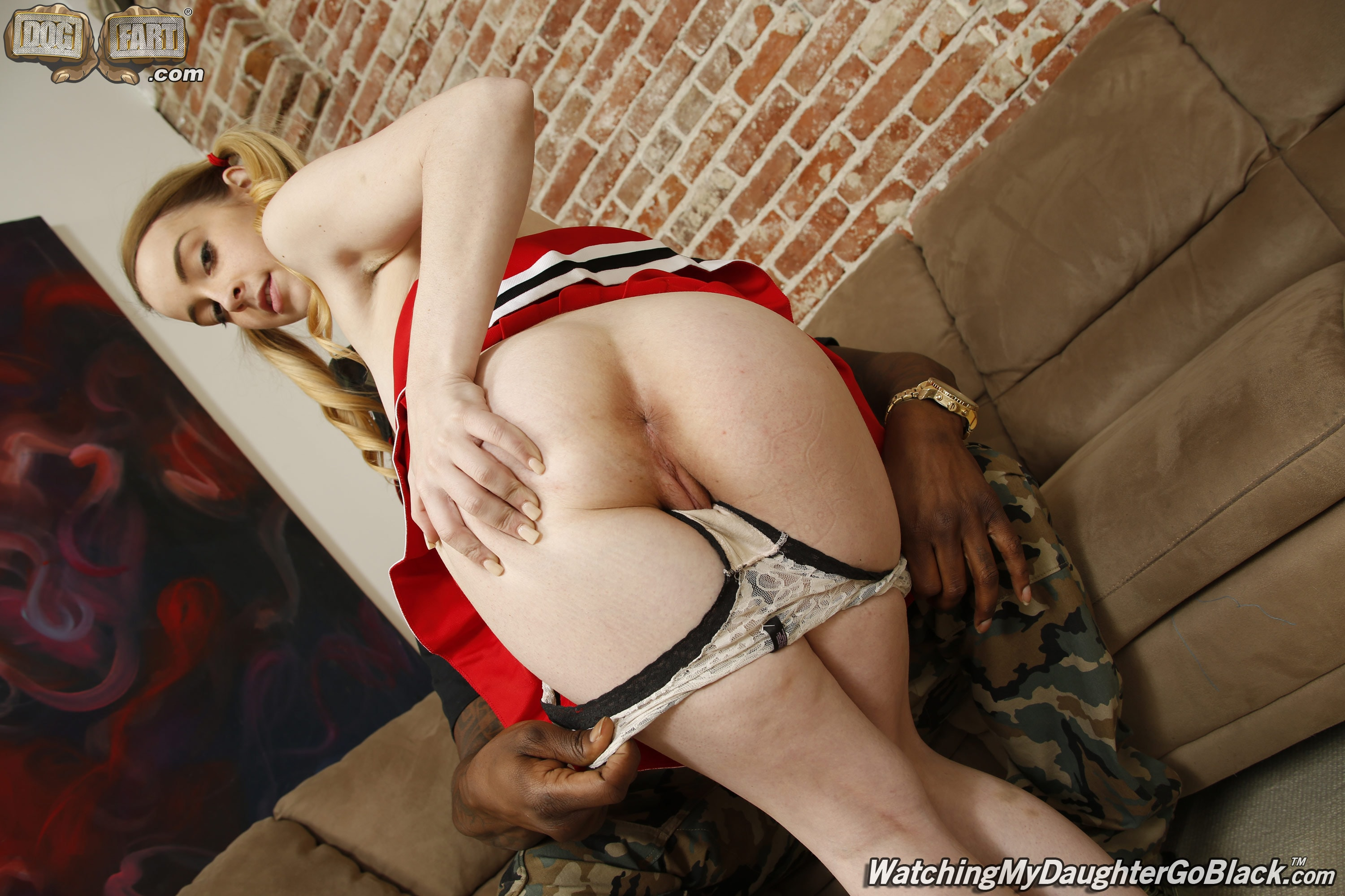 Dogfart 'Alexia Gold - Watching My Daughter Go Black' starring Alexia Gold (photo 11)