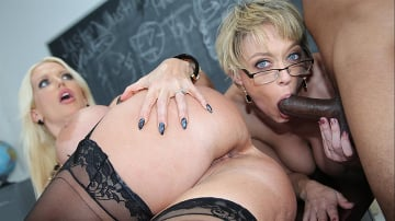 Alura Jenson and Dee Williams - Blacks On Cougars