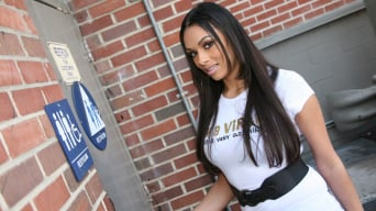 Bethany Benz in '- Glory Hole Initiations'