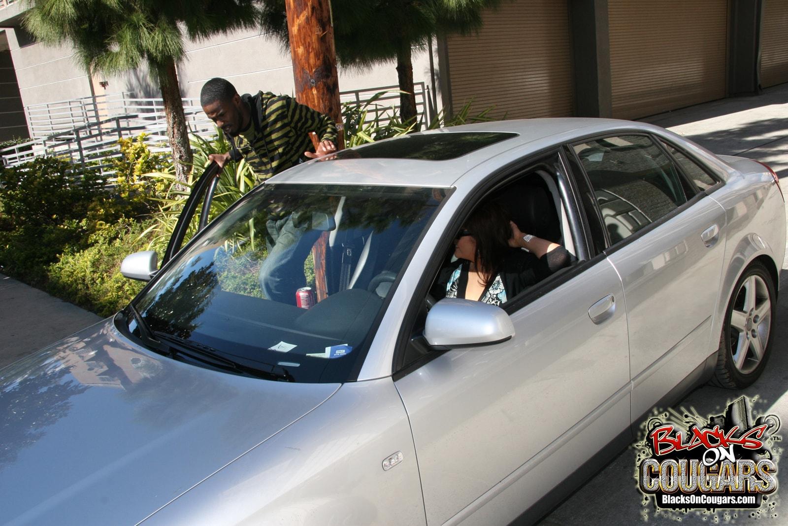 Dogfart '- Blacks On Cougars' starring Bobbi Lennox (Photo 5)