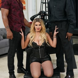 Brooklyn Chase in 'Dogfart' - Cuckold Sessions - Scene 4 (Thumbnail 12)