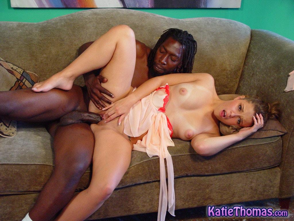Dogfart 'Katie Thomas' starring Katie Thomas (Photo 22)