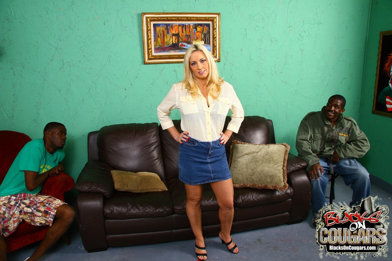 Dogfart '- Blacks On Cougars' starring Cala Craves (Photo 4)