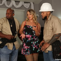 Candice Dare in 'Dogfart' - Interracial Pickups - Scene 2 (Thumbnail 1)