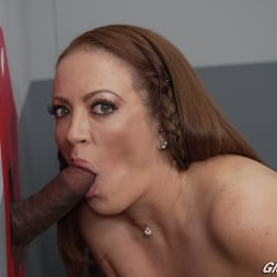 Carmen Valentina in 'Dogfart' - Glory Hole (Thumbnail 18)
