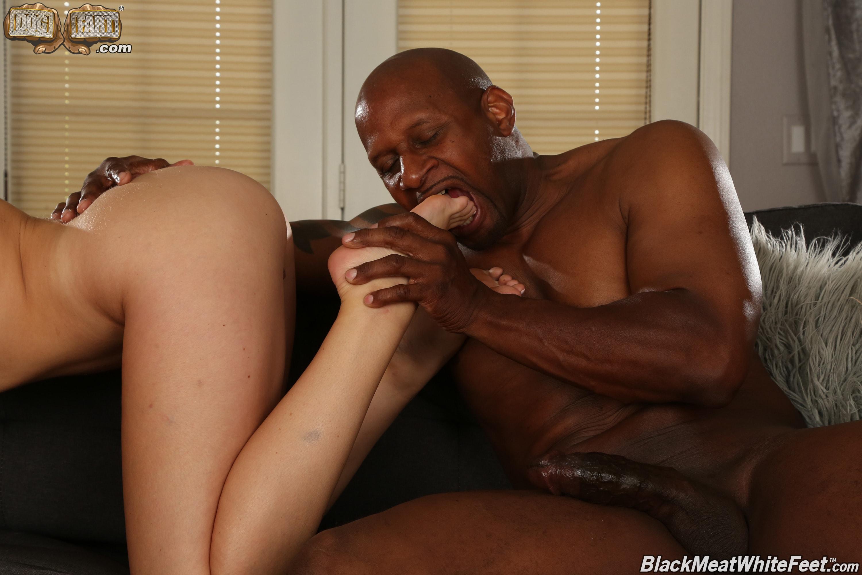 Dogfart '- Black Meat White Feet' starring Charlotte Sins (Photo 19)