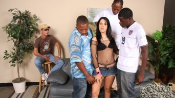 Chelsie Rae in '- Cuckold Sessions'