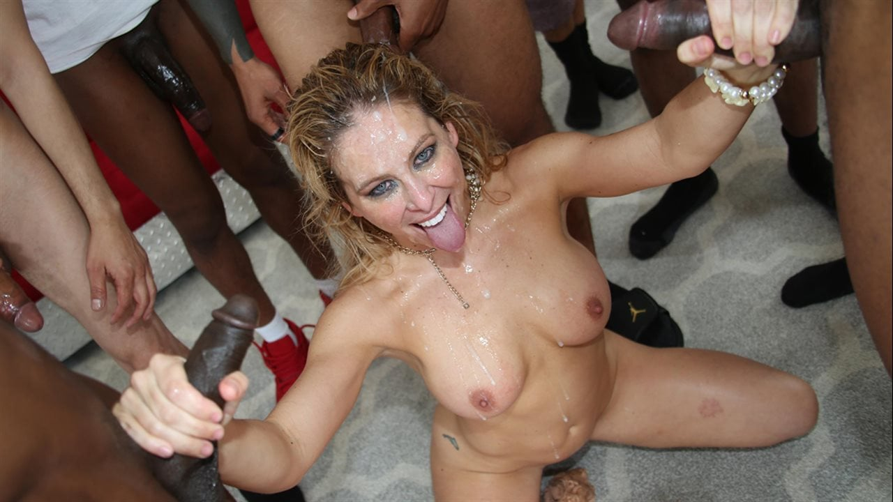 Xxx Fortyish latina milf in mature foot fetish teasing pichunter