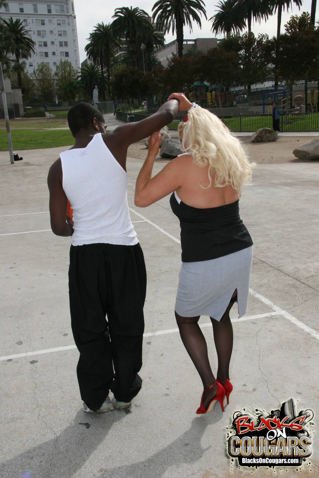 Dogfart '- Blacks On Cougars' starring Dana Hayes (Photo 6)
