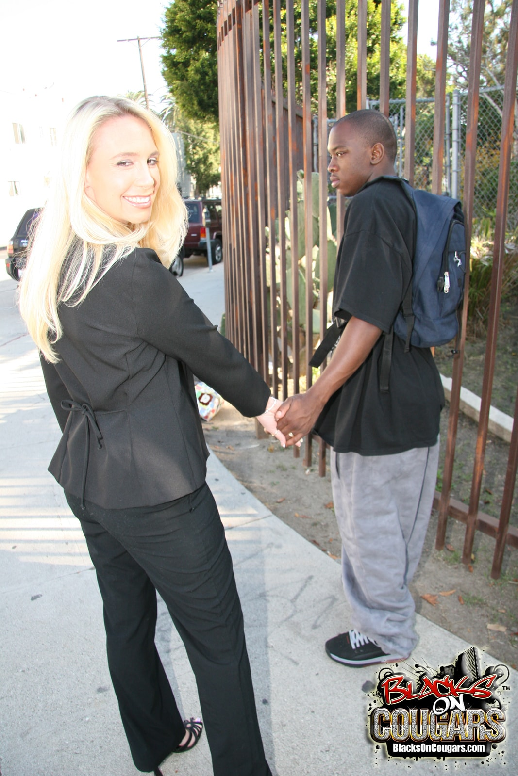 Dogfart '- Blacks On Cougars' starring Debbie Dial (Photo 4)