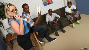 Dee Siren in '- Blacks On Cougars'