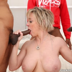 Dee Williams in 'Dogfart' - Cuckold Sessions (Thumbnail 9)