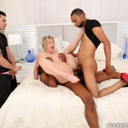 Dee Williams in 'Dogfart' - Cuckold Sessions (Thumbnail 20)