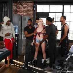 Dixie Lynn in 'Dogfart' - Blacks On Blondes (Thumbnail 7)