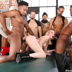 Dixie Lynn in 'Dogfart' - Blacks On Blondes (Thumbnail 16)