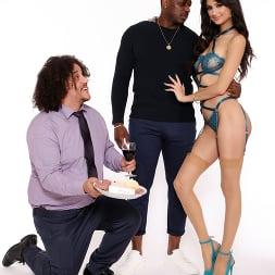 Eliza Ibarra in 'Dogfart' - Cuckold Sessions - Scene 2 (Thumbnail 8)