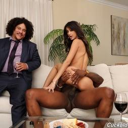 Eliza Ibarra in 'Dogfart' - Cuckold Sessions - Scene 2 (Thumbnail 20)