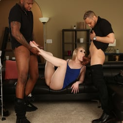 Emma Starletto in 'Dogfart' - Black Meat White Feet (Thumbnail 15)