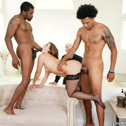 Febby Twigs in 'Dogfart' - Cuckold Sessions (Thumbnail 21)