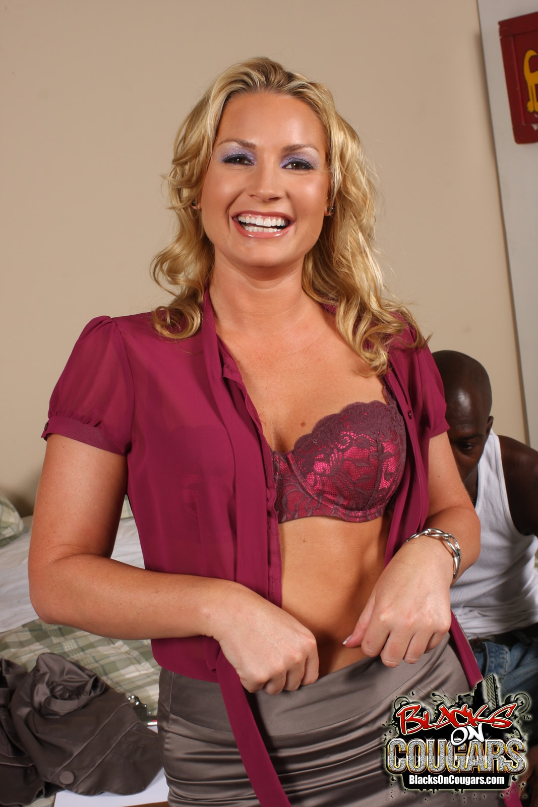 Dogfart '- Blacks On Cougars' starring Flower Tucci (Photo 9)