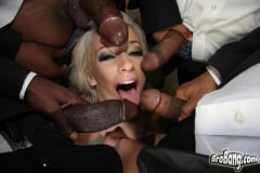 Jada Stevens - Interracial Blowbang (Thumb 27)