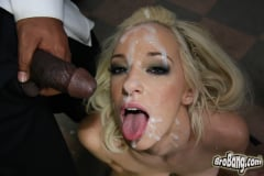 Jada Stevens - Interracial Blowbang (Thumb 28)