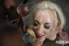 Jada Stevens - Interracial Blowbang (Thumb 30)