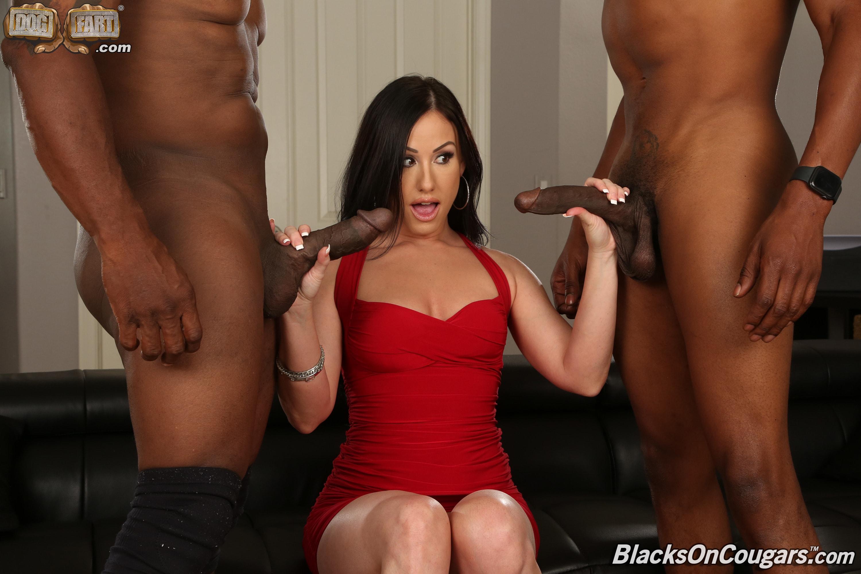 Dogfart '- Blacks On Cougars' starring Jennifer White (Photo 3)