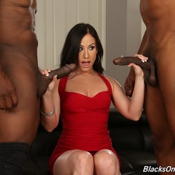 Jennifer White in 'Dogfart' - Blacks On Cougars (Thumbnail 3)
